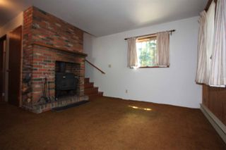 Photo 10: 2236 BROMLEY Crescent in No City Value: FVREB Out of Town House for sale : MLS®# R2378658