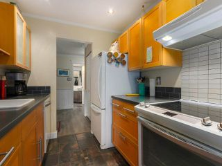 "Photo 7: 103 222 N TEMPLETON Drive in Vancouver: Hastings Condo for sale in ""CAMBRIDGE COURT"" (Vancouver East)  : MLS®# R2383049"