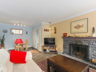"Photo 3: 103 222 N TEMPLETON Drive in Vancouver: Hastings Condo for sale in ""CAMBRIDGE COURT"" (Vancouver East)  : MLS®# R2383049"
