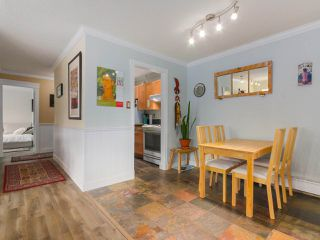 "Photo 4: 103 222 N TEMPLETON Drive in Vancouver: Hastings Condo for sale in ""CAMBRIDGE COURT"" (Vancouver East)  : MLS®# R2383049"
