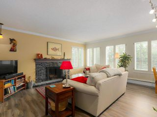 "Photo 2: 103 222 N TEMPLETON Drive in Vancouver: Hastings Condo for sale in ""CAMBRIDGE COURT"" (Vancouver East)  : MLS®# R2383049"