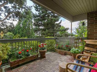 "Photo 10: 103 222 N TEMPLETON Drive in Vancouver: Hastings Condo for sale in ""CAMBRIDGE COURT"" (Vancouver East)  : MLS®# R2383049"