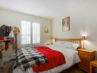 "Photo 15: 103 222 N TEMPLETON Drive in Vancouver: Hastings Condo for sale in ""CAMBRIDGE COURT"" (Vancouver East)  : MLS®# R2383049"