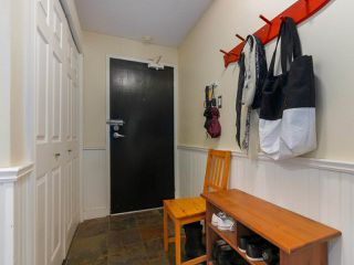 "Photo 18: 103 222 N TEMPLETON Drive in Vancouver: Hastings Condo for sale in ""CAMBRIDGE COURT"" (Vancouver East)  : MLS®# R2383049"