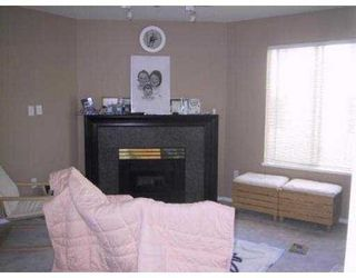 Photo 5: 305 1009 HOWAY Street in HUNTINGTON WEST: Uptown NW Home for sale ()  : MLS®# V552951