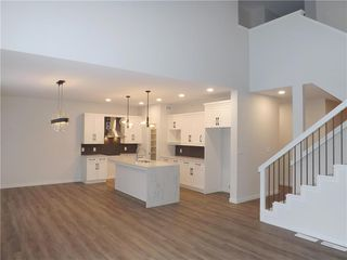 Photo 6: 11 Sansregret Court in Winnipeg: Charleswood Residential for sale (1H)  : MLS®# 202000894