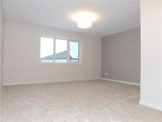 Photo 7: 11 Sansregret Court in Winnipeg: Charleswood Residential for sale (1H)  : MLS®# 202000894