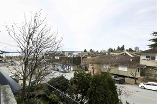 "Photo 7: 202 460 14 Street in West Vancouver: Ambleside Condo for sale in ""Tiffany Court"" : MLS®# R2445876"