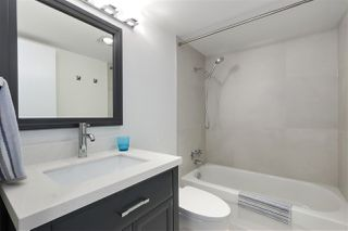 "Photo 19: 202 460 14 Street in West Vancouver: Ambleside Condo for sale in ""Tiffany Court"" : MLS®# R2445876"