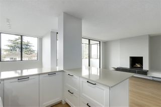 "Photo 12: 202 460 14 Street in West Vancouver: Ambleside Condo for sale in ""Tiffany Court"" : MLS®# R2445876"