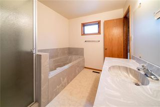 Photo 27: 82 Rice Road in Winnipeg: Fort Richmond Residential for sale (1K)  : MLS®# 202010799
