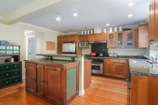 Photo 5: 1255 MATHERS Avenue in West Vancouver: Ambleside House for sale : MLS®# R2460735