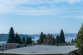 Photo 2: 1255 MATHERS Avenue in West Vancouver: Ambleside House for sale : MLS®# R2460735