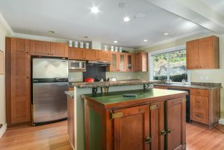 Photo 3: 1255 MATHERS Avenue in West Vancouver: Ambleside House for sale : MLS®# R2460735