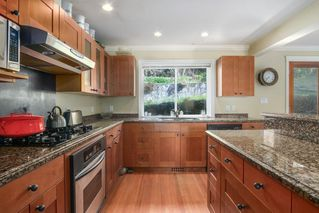 Photo 4: 1255 MATHERS Avenue in West Vancouver: Ambleside House for sale : MLS®# R2460735