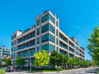 Main Photo: 340 380 Macpherson Avenue in Toronto: Casa Loma Condo for sale (Toronto C02)  : MLS®# C4929583