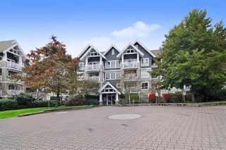 "Main Photo: 304 20750 DUNCAN Way in Langley: Langley City Condo for sale in ""Fairfield Lane"" : MLS®# R2517351"