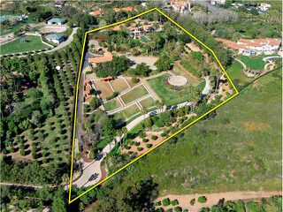 Main Photo: RANCHO SANTA FE House for sale : 4 bedrooms : 18127 Via Roswitha
