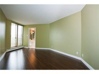 "Photo 4: 1402 6188 PATTERSON Avenue in Burnaby: Metrotown Condo for sale in ""WIMBLEDON CLUB"" (Burnaby South)  : MLS®# V893740"