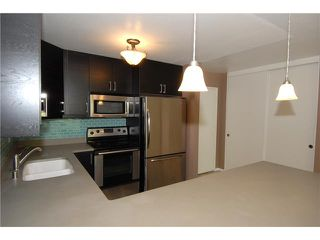Photo 2: HILLCREST Condo for sale : 2 bedrooms : 140 Walnut #3f in San Diego