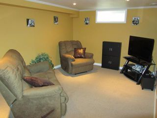 Photo 8: 64 Leicester Square in WINNIPEG: St James Residential for sale (West Winnipeg)  : MLS®# 1114765
