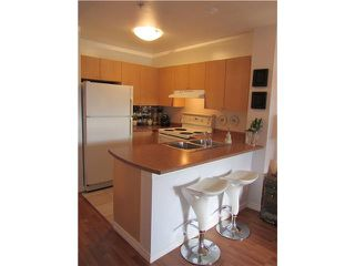 """Photo 5: 412 3278 HEATHER Street in Vancouver: Cambie Condo for sale in """"HEATHERSTONE"""" (Vancouver West)  : MLS®# V905621"""
