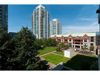 """Photo 9: 401 189 NATIONAL Avenue in Vancouver: Mount Pleasant VE Condo for sale in """"SUSSEX"""" (Vancouver East)  : MLS®# V906022"""