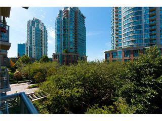 """Photo 8: 401 189 NATIONAL Avenue in Vancouver: Mount Pleasant VE Condo for sale in """"SUSSEX"""" (Vancouver East)  : MLS®# V906022"""