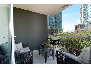 """Photo 7: 401 189 NATIONAL Avenue in Vancouver: Mount Pleasant VE Condo for sale in """"SUSSEX"""" (Vancouver East)  : MLS®# V906022"""