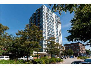 """Photo 10: 401 189 NATIONAL Avenue in Vancouver: Mount Pleasant VE Condo for sale in """"SUSSEX"""" (Vancouver East)  : MLS®# V906022"""