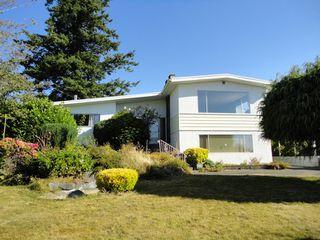 "Photo 2: 15657 CLIFF Avenue: White Rock House for sale in ""White Rock Hillside"" (South Surrey White Rock)  : MLS®# F1121195"