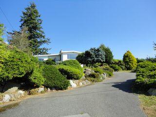 "Photo 1: 15657 CLIFF Avenue: White Rock House for sale in ""White Rock Hillside"" (South Surrey White Rock)  : MLS®# F1121195"