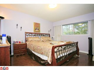 """Photo 6: 9971 125TH Street in Surrey: Cedar Hills House for sale in """"St. Helens"""" (North Surrey)  : MLS®# F1127438"""