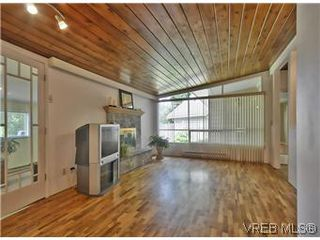 Photo 2: 3006 Glen Lake Rd in VICTORIA: La Glen Lake House for sale (Langford)  : MLS®# 577436