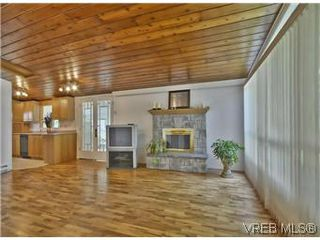 Photo 11: 3006 Glen Lake Rd in VICTORIA: La Glen Lake House for sale (Langford)  : MLS®# 577436