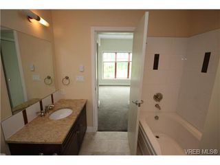 Photo 2: 406 1325 Bear Mountain Parkway in VICTORIA: La Bear Mountain Condo Apartment for sale (Langford)  : MLS®# 333282