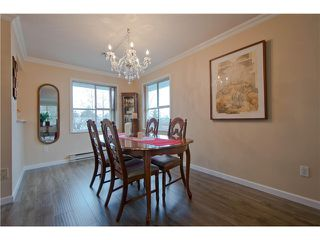 "Photo 8: 203 15439 100 Avenue in Surrey: Guildford Townhouse for sale in ""Plumtree Lane"" (North Surrey)  : MLS®# F1404844"