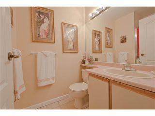 "Photo 16: 203 15439 100 Avenue in Surrey: Guildford Townhouse for sale in ""Plumtree Lane"" (North Surrey)  : MLS®# F1404844"