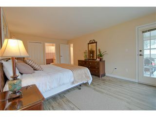 "Photo 12: 203 15439 100 Avenue in Surrey: Guildford Townhouse for sale in ""Plumtree Lane"" (North Surrey)  : MLS®# F1404844"