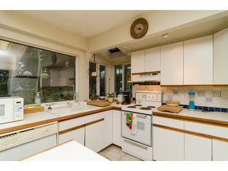 Photo 8: 1381 EVERALL Street: White Rock House for sale (South Surrey White Rock)  : MLS®# F1432158