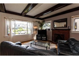 Photo 2: 3430 W 3RD Avenue in Vancouver: Kitsilano House for sale (Vancouver West)  : MLS®# V1120031