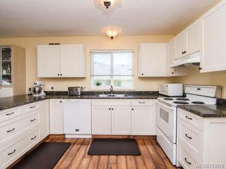 Photo 2: 754 Georgia Dr in CAMPBELL RIVER: CR Willow Point House for sale (Campbell River)  : MLS®# 703070