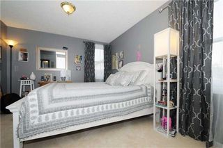 Photo 8: 7 Winner's Circle in Whitby: Blue Grass Meadows House (2-Storey) for sale : MLS®# E3284089