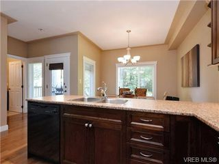 Photo 10: 5 6961 East Saanich Rd in SAANICHTON: CS Tanner Row/Townhouse for sale (Central Saanich)  : MLS®# 713075
