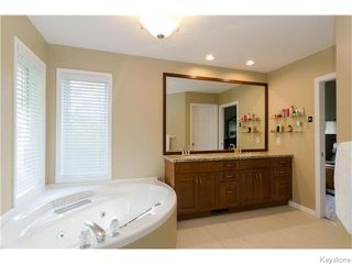 Photo 12: 23 HADDINGTON Bay in WINNIPEG: Charleswood Residential for sale (South Winnipeg)  : MLS®# 1526215