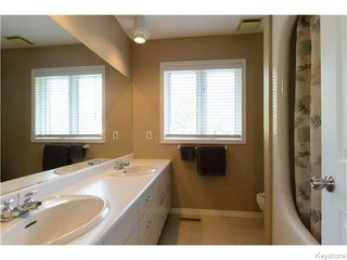 Photo 16: 23 HADDINGTON Bay in WINNIPEG: Charleswood Residential for sale (South Winnipeg)  : MLS®# 1526215