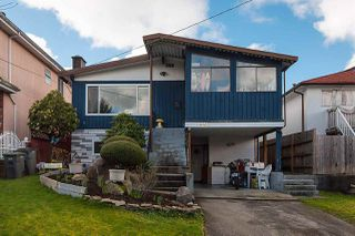 Photo 2: 4415 ST. GEORGE Street in Vancouver: Fraser VE House for sale (Vancouver East)  : MLS®# R2038788