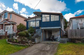 Photo 3: 4415 ST. GEORGE Street in Vancouver: Fraser VE House for sale (Vancouver East)  : MLS®# R2038788