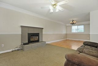 Photo 4: 1925 LYNN Avenue in Abbotsford: Central Abbotsford House for sale : MLS®# R2043834