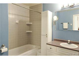 Photo 15: 846 Finlayson St in VICTORIA: Vi Mayfair Half Duplex for sale (Victoria)  : MLS®# 725172
